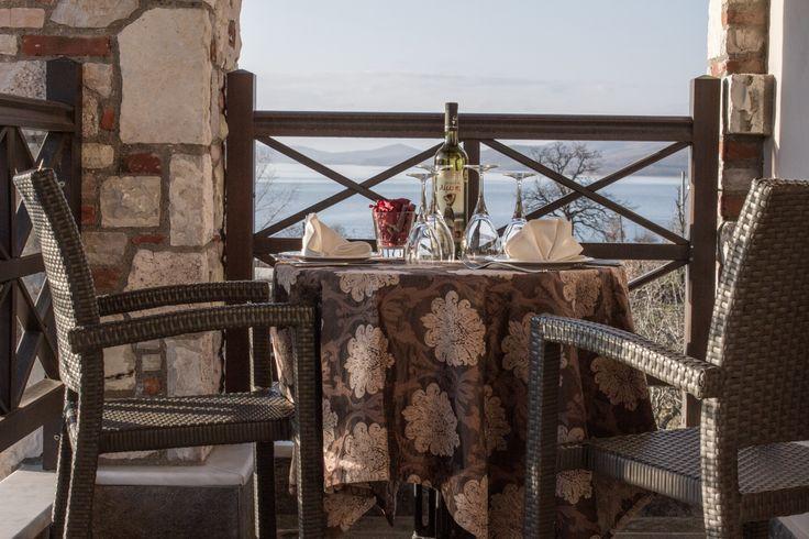 Δίκλινο Δωμάτιο #βεράντα #ξενοδοχείο #Τιτάγιον #Λϊμνη Πλαστήρα #Λαμπερό
