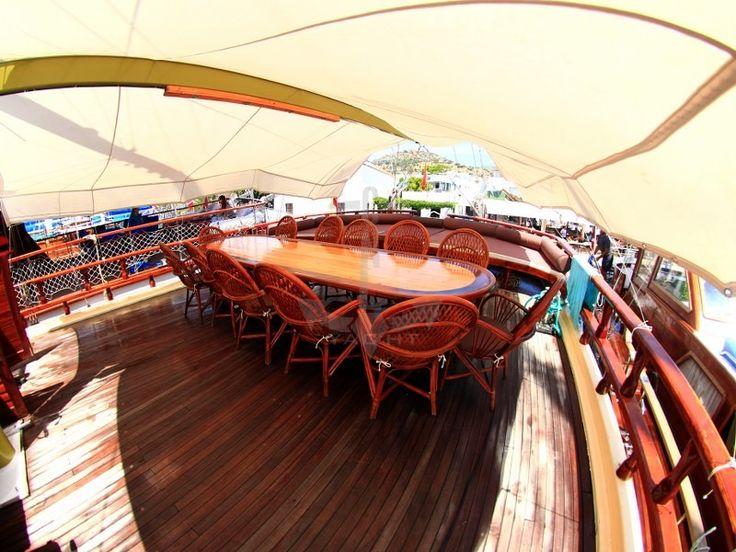 HARMONIA   CNL Yacht