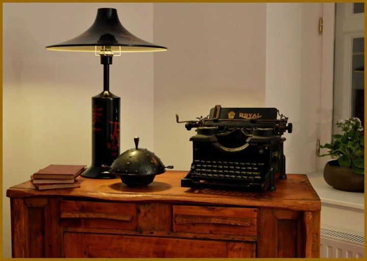 Rustic interior with old typewriter