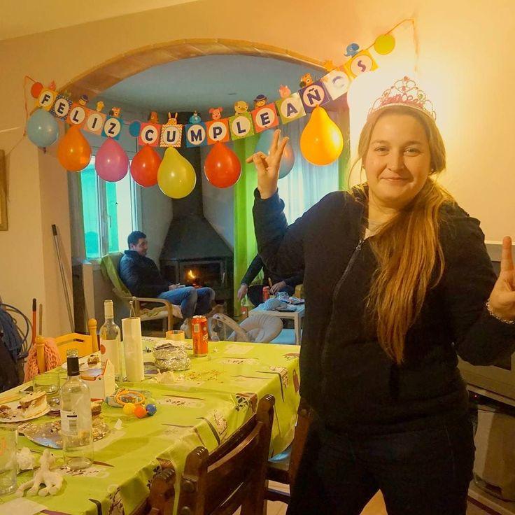 Aunque mi cumple sea mañana ya lo celebramos ayer!!! Por mis bien cumplidos 30 AÑOS!!!! #30años #cumpleaños #birthday #fiesta #amigos #familia #torta #cake #happybirthday #party #happy #regalo #amor #pastel #fiestas #cumple #celebración #celebracion #felicidades #bday #sorpresa #gracias #felizcumpleaños #amigas #aniversario #festejo #globos #hbd #friends #celebrando