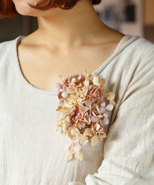 m.soeur(エムスール)のあじさいと小さなお花のコサージュ*(ブローチ/コサージュ)|詳細画像