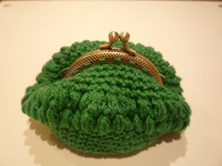Las ideas de Susi. Monedero esfera verde.