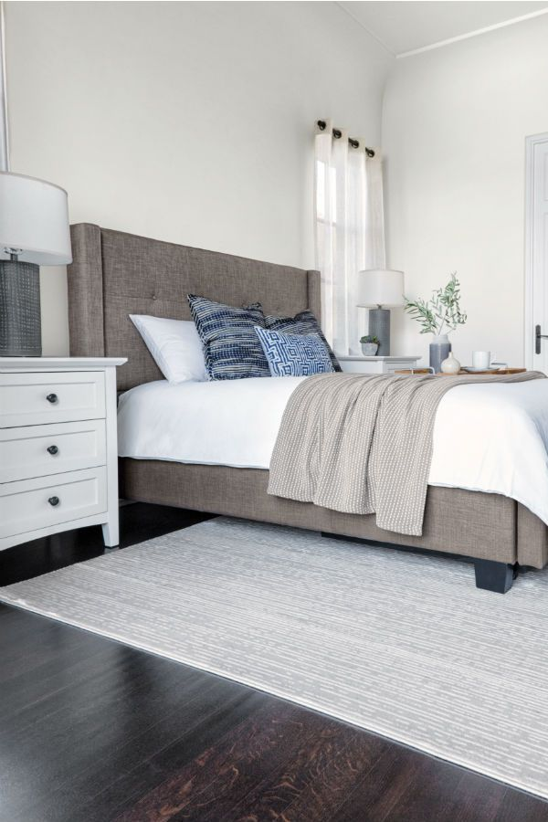 Grey Upholstered Platform Bed Tufted Fabric Headboard And Subtly Winged Sides Enhance Comfort And Style Of Our Damon B Home Bedroom Home Bedroom Inspirations