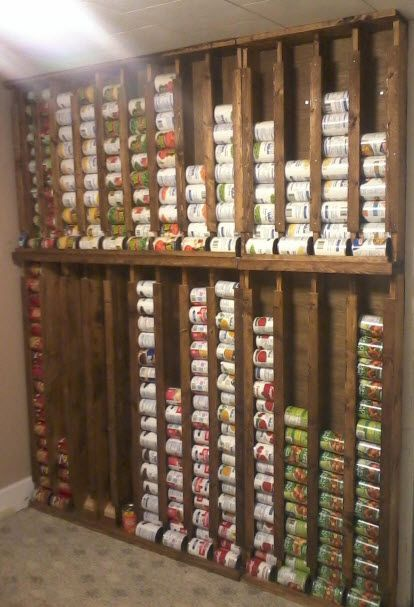Space-Saving Pantry (http://blog.hgtv.com/design/2013/09/26/daily-delight-space-saving-pantry/?soc=pinterest)