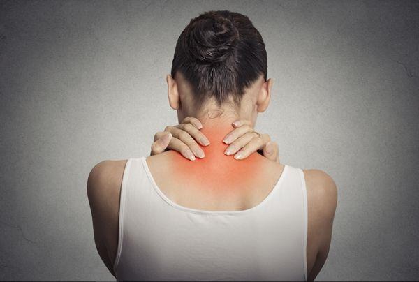 Fibromialgia chega a ser insuportável as dores e de difícil diagnostico. Veja aqui sinais que seu corpo mostra que você está doente de fibromialgia.