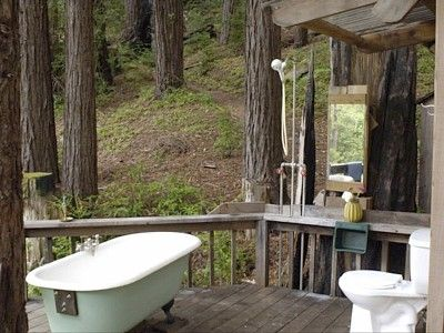 One bedroom cabin remotely located in the Big Sur Coast Redwood Forest, yet only 25 minutes from Carmel shopping and 30 minutes from the Monterey airport and 25 minutes to the village of Big Sur. Cabin is located approximately ...