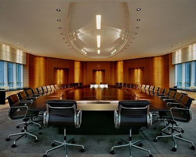 Total's boradroom    The (oval) Tables of Power 2.0 Corporate Culture Jacqueline Hassink