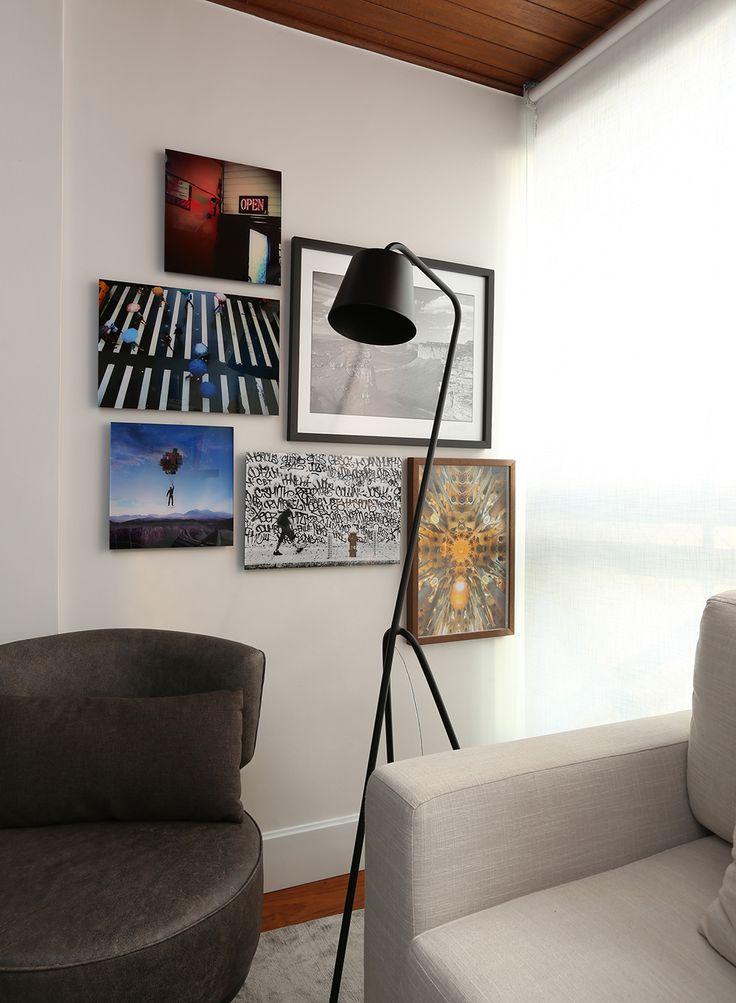 Decoração de: Detalhes ; luminária de piso preta; Casa de Valentina