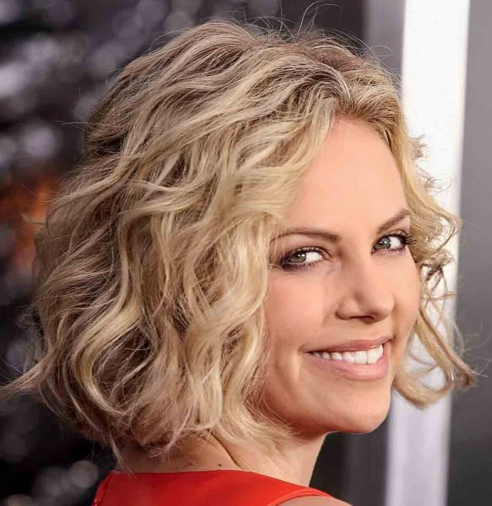 medium curly bob ideas