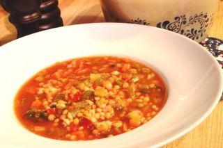 Soupe aux lentilles, lime et coriandre #recettesduqc #lentilles #soupe #legumineuse