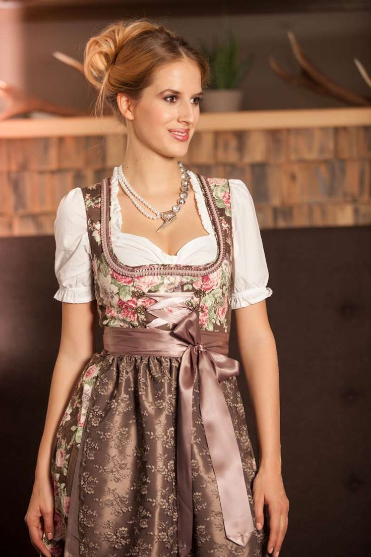 5861 besten dirndl bilder auf pinterest dirndl trachten oktoberfest und dirndl. Black Bedroom Furniture Sets. Home Design Ideas
