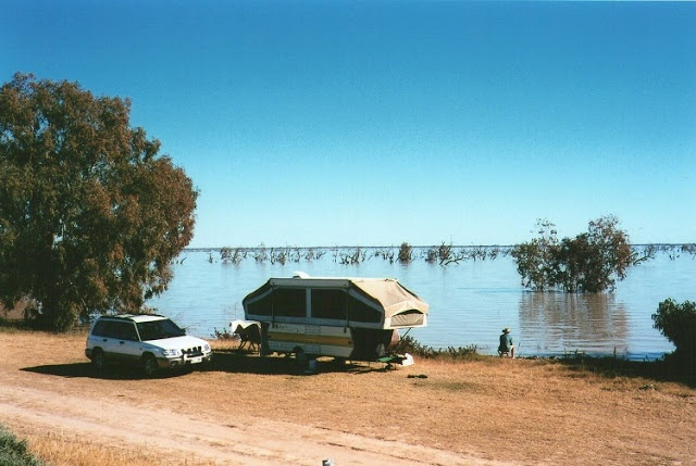 Free camping at Lake Pamamaroo, Menindee Lakes, New South Wales