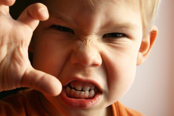 10 ok, amiért agresszívek a mai gyerekek