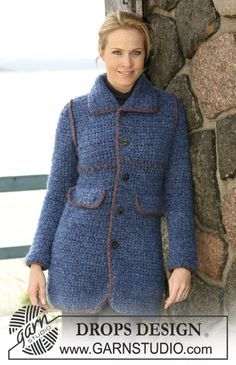 """Crochet Drops jacket in """"Highlander"""" with decorative edges in """"Eskimo"""". Size: S to XXXL ~ DROPS Design"""