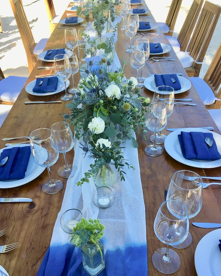 CBC421 wedding Riviera Maya blue and white flowers for centerpieces/ centro de mesa con flores blancas y azules