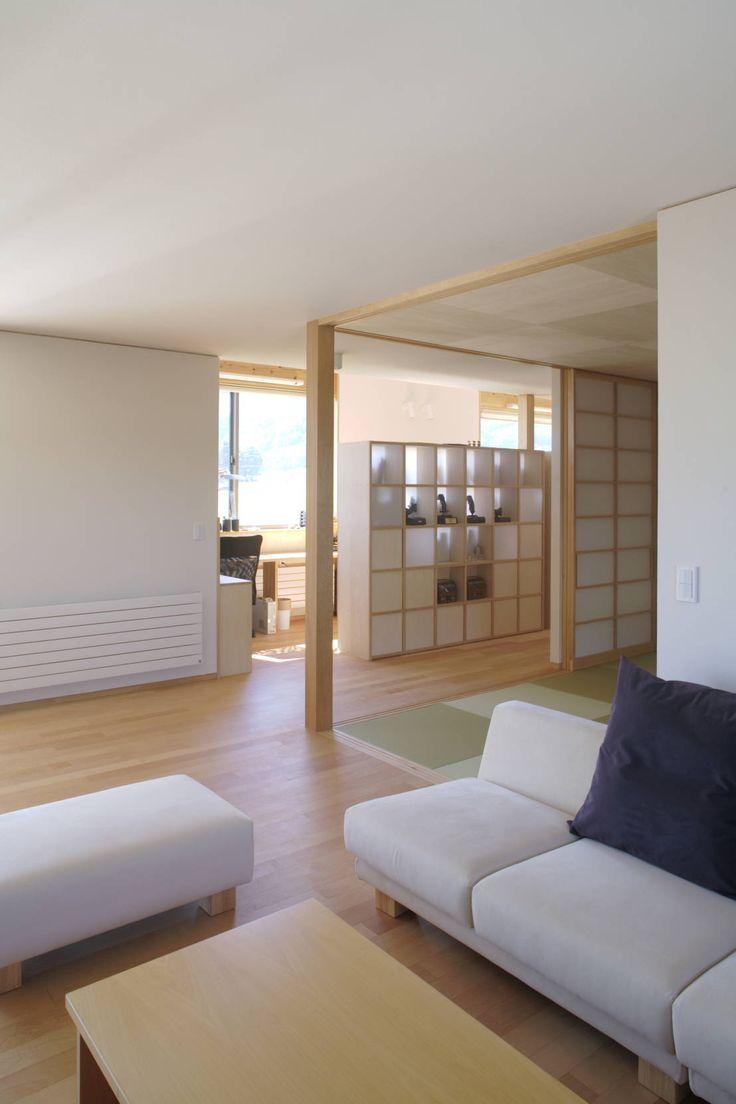 尾日向辰文建築設計事務所 の オリジナルな リビングルーム 安曇野の平屋の家