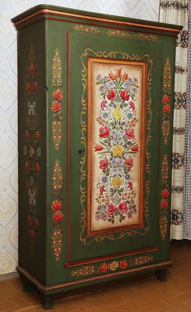 17 best ideas about bauernschrank on pinterest gr n bemalte m bel bemalter vorratsschrank and. Black Bedroom Furniture Sets. Home Design Ideas