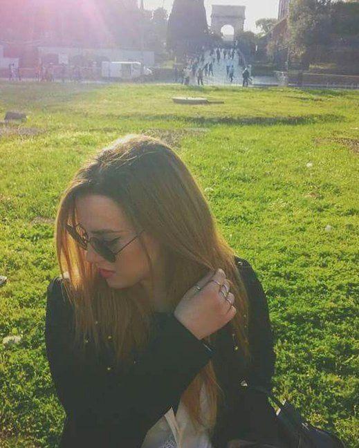 """Vecchie foto.  #roma #Rome #italy #memories #oldphoto #colosseo #igersroma #igersitaly #italiangirl #trip #home #travel #beautifulview #travelphotography #travelblogger #Green #park #blondie #blonde #girl #picoftheday #recent4recent #photography #sun #sunnyday #friends #beautifuldestinations #bestview #likeback #love"" by @dark_paradise_ln (Lorena Nicastro). #turismo #instalife #ilove #madeinitaly #italytravel #tour #passportready #instavacation #natgeotravel #mytinyatlas #traveldeeper…"