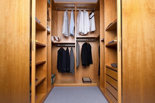 Progettata e prodotta da #Montecucco Armadi, i professionisti della cabina-armadio su misura.