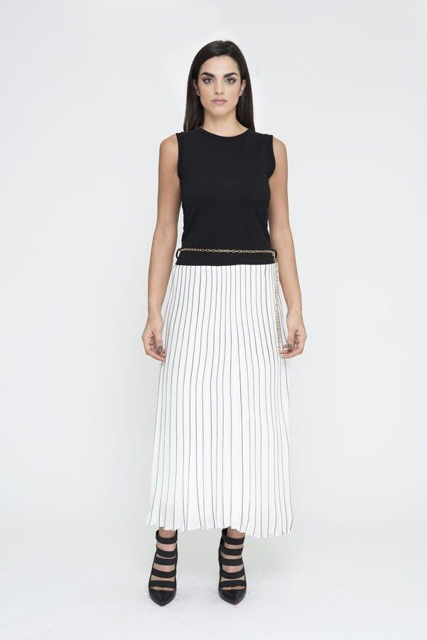 #modajoven #modaitaliana #modaprimaveraverano #prontomoda #primaveraverano2016 #modamujer #pantalones #vestidos #faldas #tops #peto #mono #bolsos #camisas #camisetas #jeans #shorts #chaquetas #abrigos #americanas #trajes #vaqueros #totallook #accesorios #bisuteria
