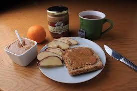 Mantequilla de almendras: deliciosa y saludable