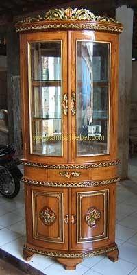 http://anisamebel.com/lemari-hias-sudut/