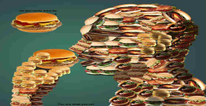 Επιστήμονες της βιομηχανίας των τροφίμων, ρίχνουν φως σε ορισμένα κατά τ' άλλα καθημερινά τρόφιμα υπεράνω υποψίας, τα οποία, ωστόσο, στην πραγματικότητα είναι γεμάτα τοξίνες και χημικά, παράλληλα, μας δίνουν απλές εναλλακτικές, για μια πιο υγιεινή και καθαρή διατροφή. «Καθαρή διατροφή» σημαίνει να επιλέγουμε φρούτα, λαχανικά τα οποία καλλιεργούνται, μεγαλώνουν και πωλούνται με την ελάχιστη δυνατή…