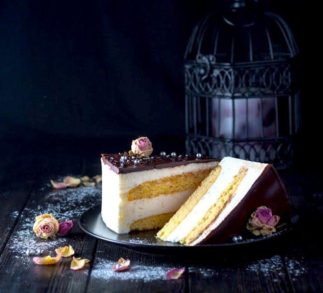 Рецепт торта «Птичье молоко» — нежнейший вкус прямиком из детства.   Она знает