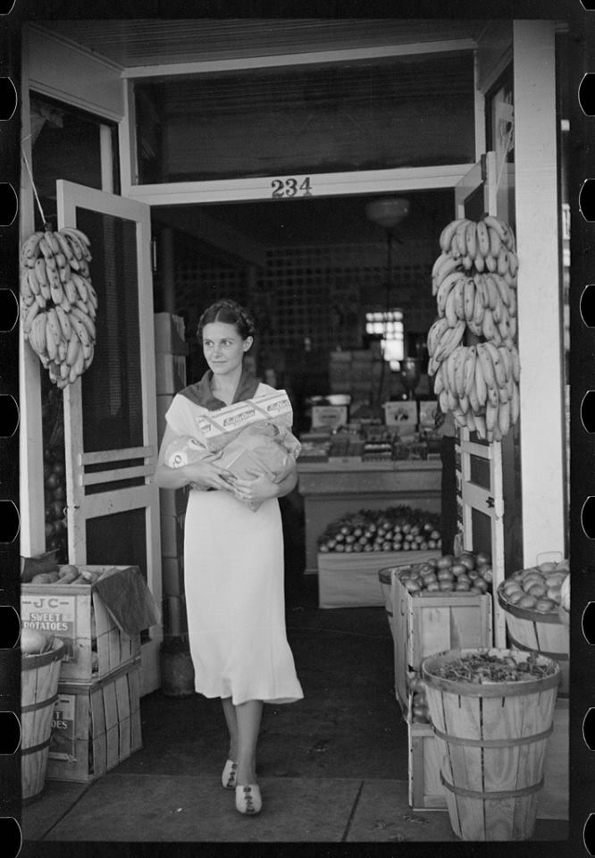 Grocery Shopping In Lakeland Circa 1939 Photo Marion