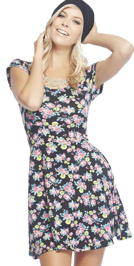 I swear I had a dress just like this when I was little and I remember I loved it. Just like it. So weird