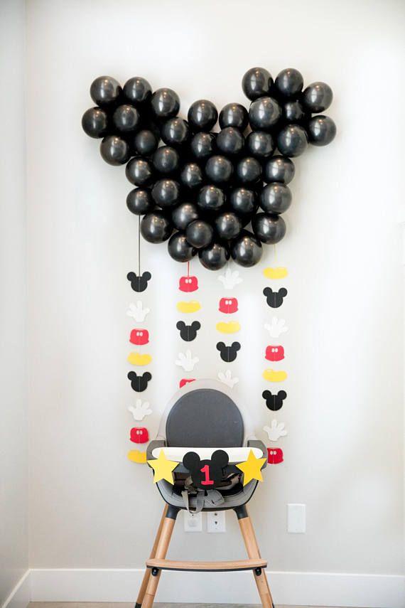 Guirnalda Minnie Mouse Vertical conjunto, 4 o 8. 💜💜💜PLEASE LEER ANTES DE COMPRAR!!!!!! : Guirnaldas todos están hechos a mano, no se la hacen. HORA ACTUAL DE LA PRODUCCIÓN EN TODOS LOS PEDIDOS ES 7 DÍAS HÁBILES DESDE LA FECHA DE ORDENADO! Recuerde en fines de semana y vacaciones,