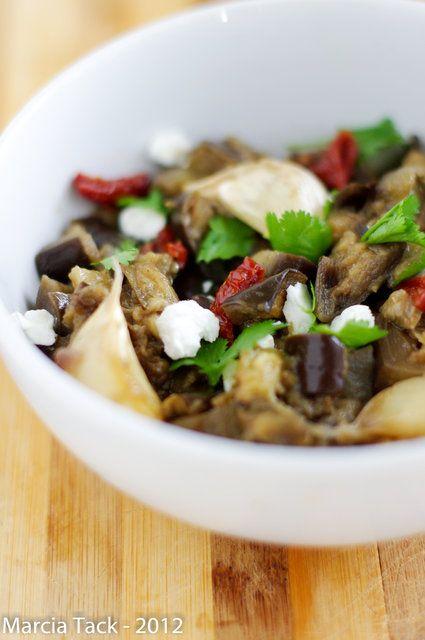 Salade d'aubergines tièdes, miel et chèvre {Délicook}
