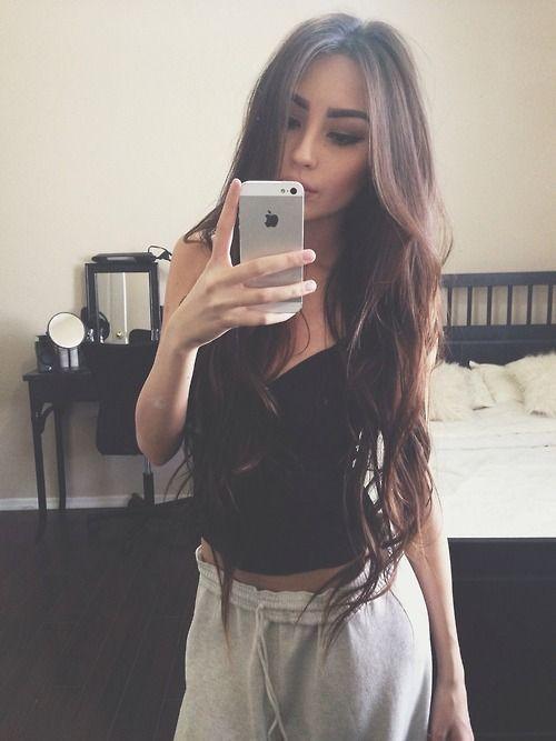 Mirror Selfie Poses Long Hair Styles