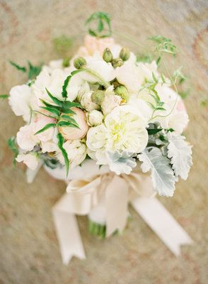 Everything about this is beautiful: dusty miller, peonies, jasmine vine, swoon