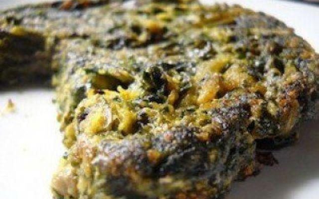 Un tortino con le erbe selvatiche Un piatto veramente sfizioso... Un bouquet di tarassaco, piantaggine e ortica è stato una sorpresa davvero gradita… soprattutto perché poi, me lo sono mangiato! Questo profumato mazzolino di erbe sel #erbeselvatiche #tortino #ricette
