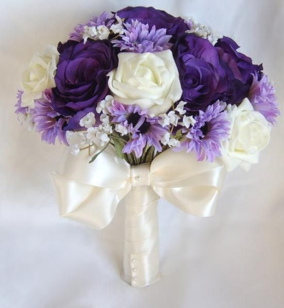 purple boquet | Zarah - Purple, lilac and ivory Wedding bouquet