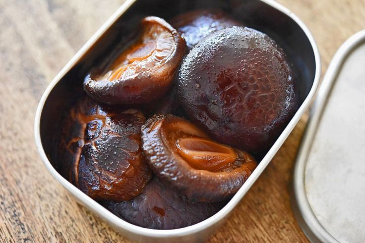干し椎茸の煮物の写真