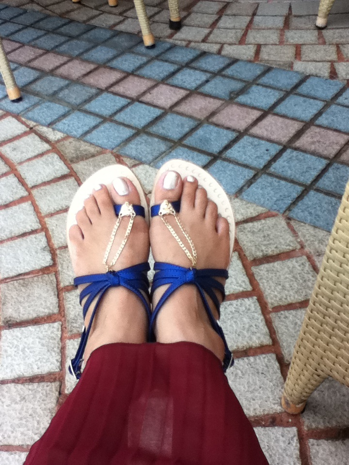 Delicate Slave-Chappals (Custom-Made by Whacky Shop)   slave footwear   accessories   panther   foot bling   electric blue  