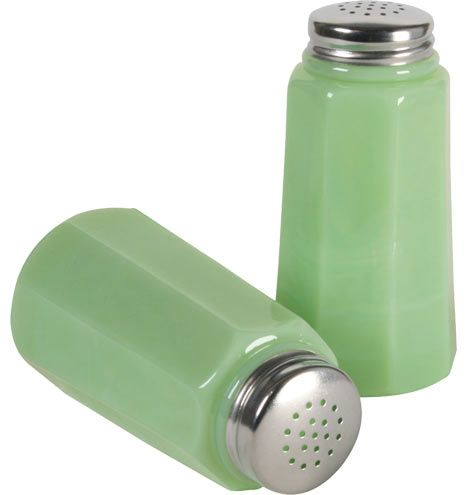 Pressed glass salt and pepper shakers ur green salt and for Must have kitchen ideas