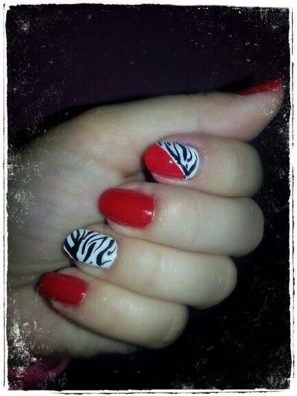 Zebra red nails
