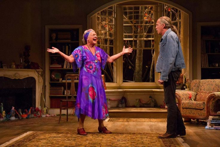 """Review of """"The Velocity of the Autumn"""" with Estelle Parsons at Booth Theatre"""