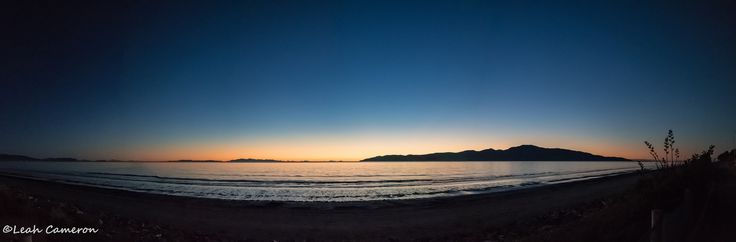 https://flic.kr/p/K8N4nM | Dusk over Kapiti | DSCF3094-Pano-1  The Marlborough Sounds were so clear last night - they're the smaller islands on the horizon.  Most of the time they're barely visible. Such a lovely clear night.