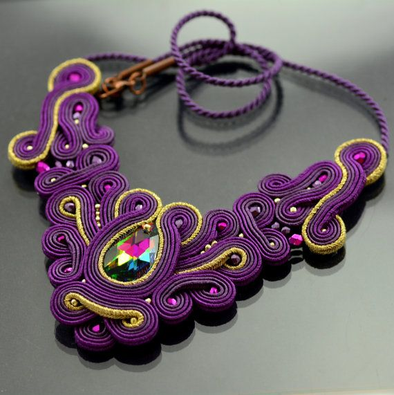 Soutache Necklace Jantung Prem will add glamour to by OzdobyZiemi