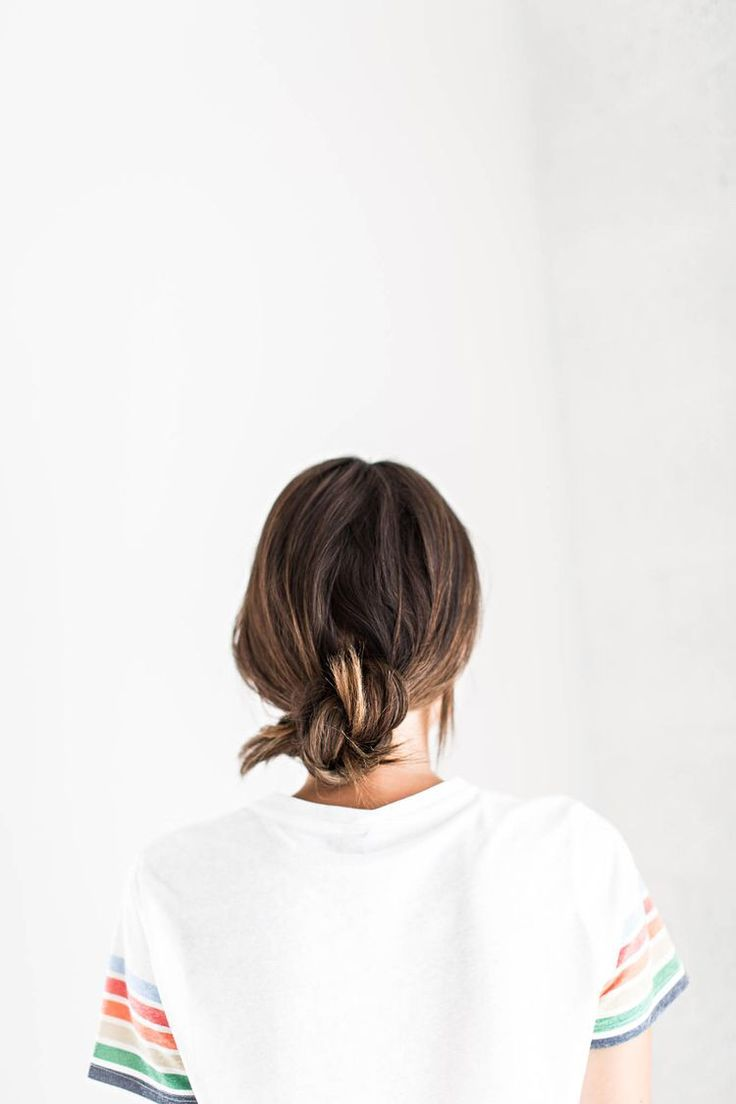 5 Fast & Easy Hairstyle For When You're Running Late
