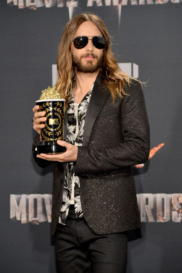 7 Firm Reminders Of Jared Leto's Blatant Movie Awards Flawlessness.oh my gosh !! :D