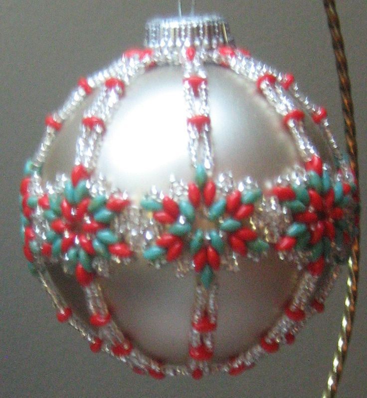 687 best beaded christmas tree ornaments images on for Crystal baubles christmas