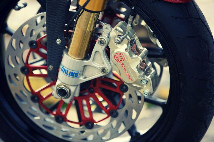 Pursang by Radical Ducati 4 Pursang by Radical Ducati: Ohlins Forks  : http://www.pashnit.com/product/ohlins/index_ohlins.html #pashnit #ohlins #motorcycle