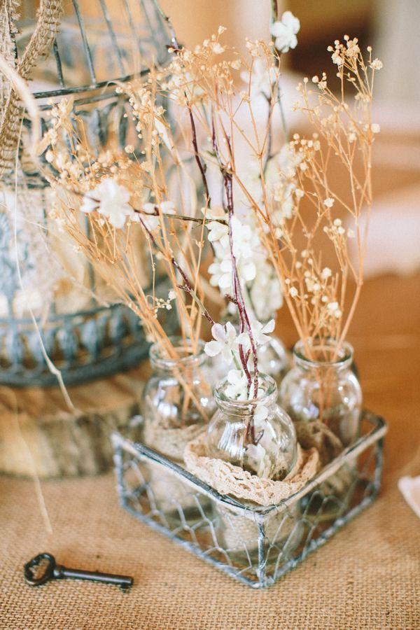 rustic decor ideas http://www.weddingchicks.com/2013/09/03/rubywood-house/