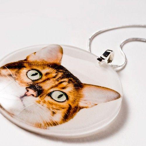 Srebrny naszyjnik z żywicy z kotem - Wisiorki - Biżuteria artystyczna