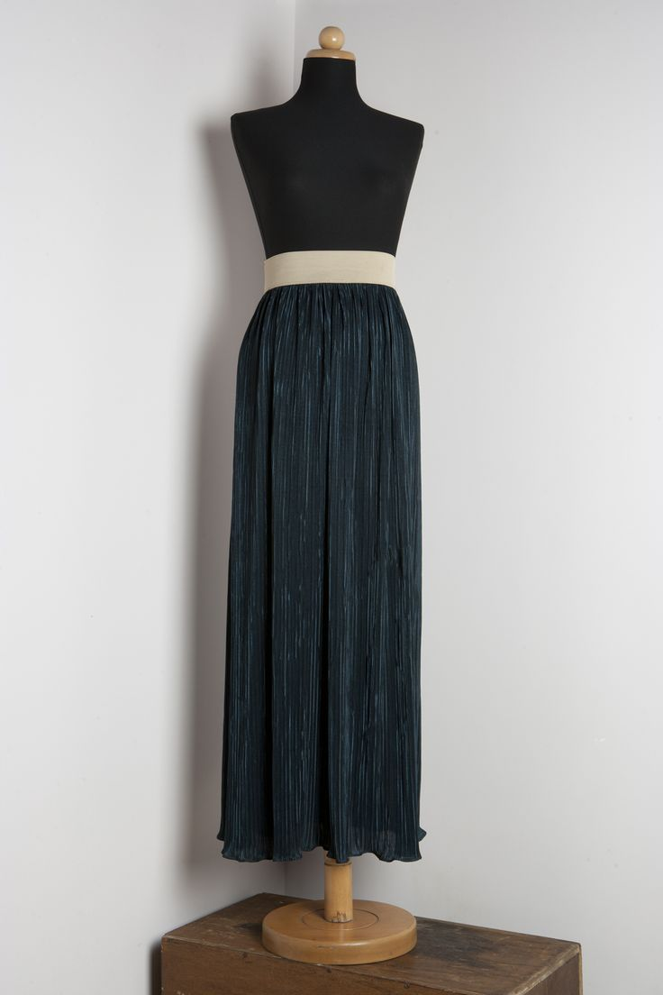 Skirt by THEIA Lab's student, Athea Tsitsipi.
